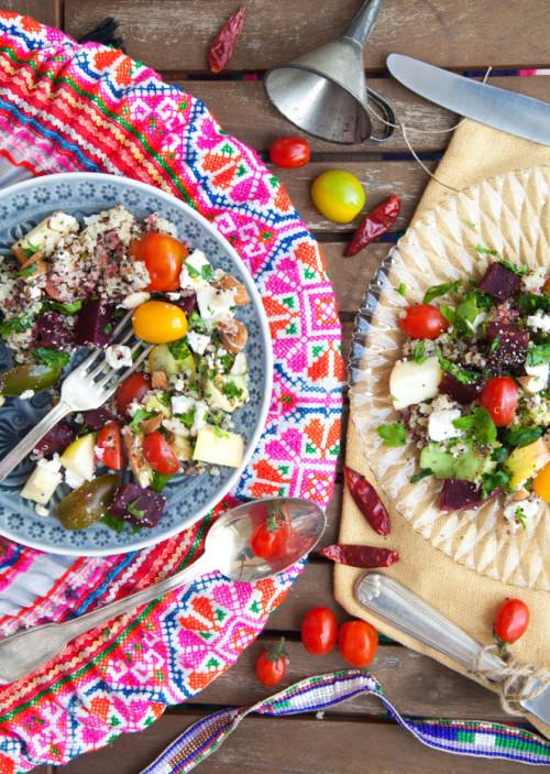 Bild für Bunter Powersalat mit Quinoa, Avocado & Feta
