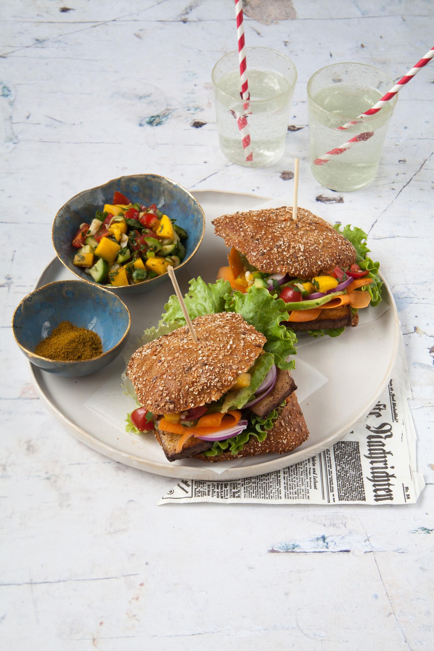 Burger with Mango Salsa