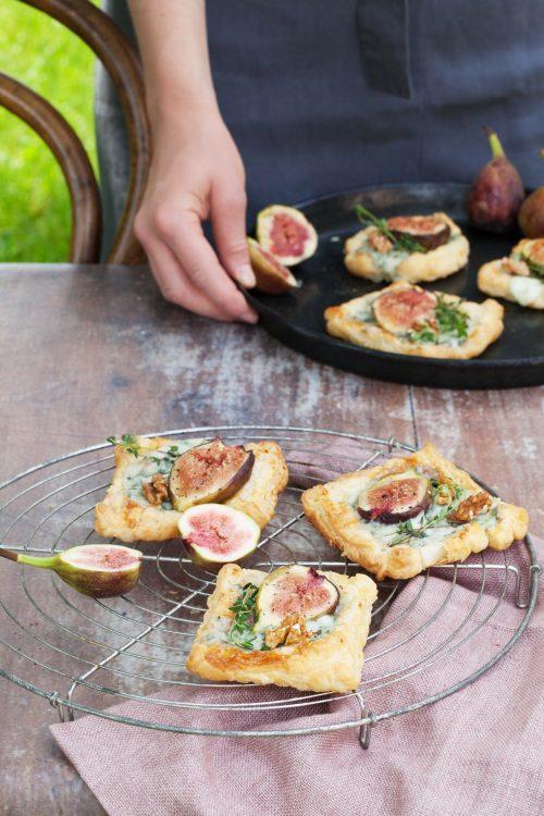 Bild für Blätterteig-Tartes mit Gorgonzola und Feigen