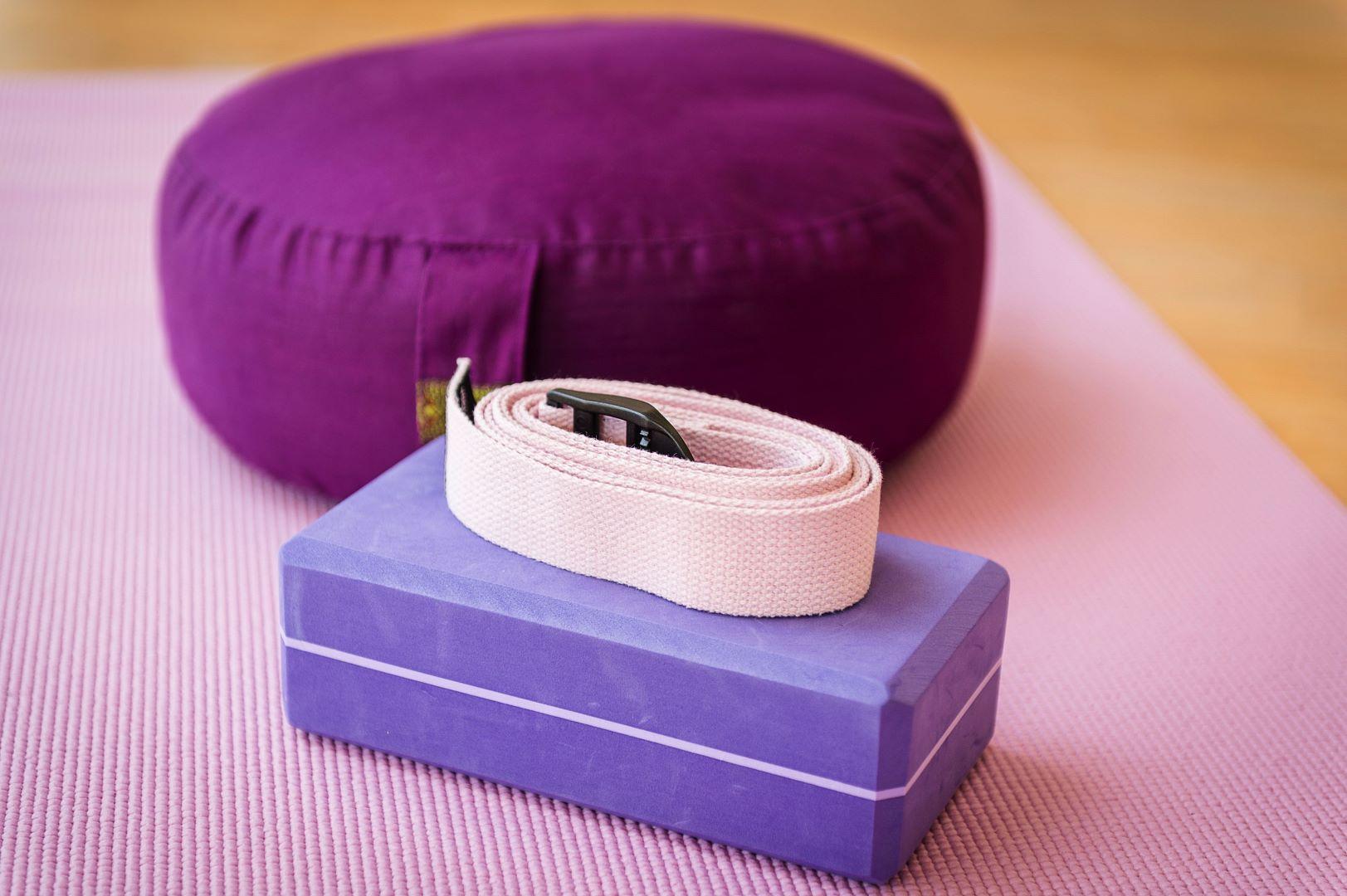 yoga-detail-polster-rupertus-kbp-6698-cfotobauer